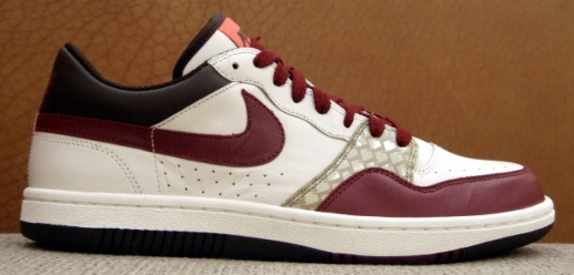 nike-2008-valentines-day-womens-court-force-low-1.jpg