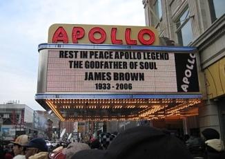 Hip Hop Tour Soars thru Harlem