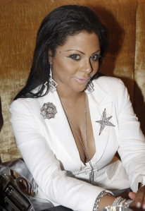 Tragedy happened at a rcent Lil Kim birthday party but neither she or any her family and friends are involved.