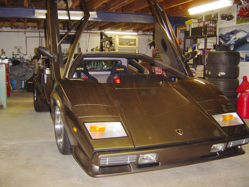 man takes 10 years to build lambo in basement | street knowledge