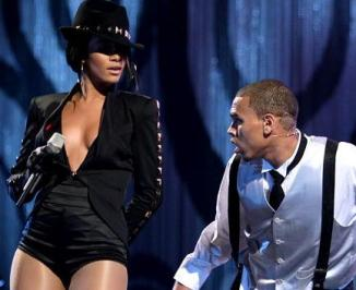 rihanna-and-chris-brown-picture