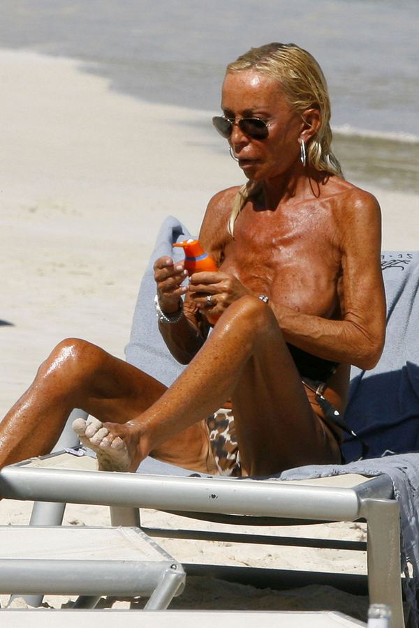 Interesting. Celebrities naked sunbathing magnificent phrase
