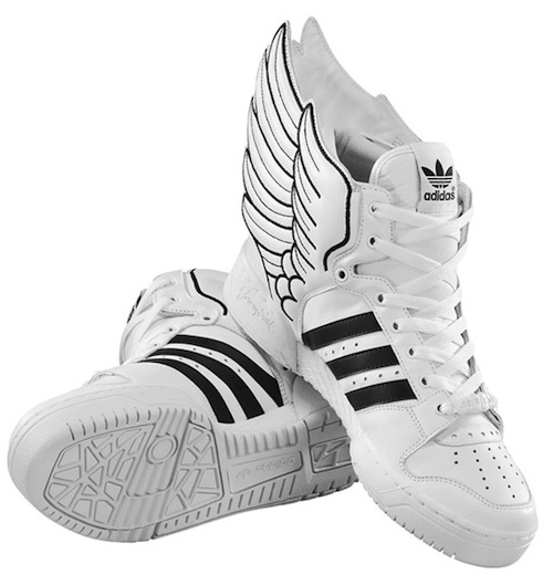brand new 51bb8 281dc Set to be released in August of 2010 is the newest concoction of the Adidas  x Jeremy Scott collaboration, the JS Wings 2.0. With a design modeled after  the ...