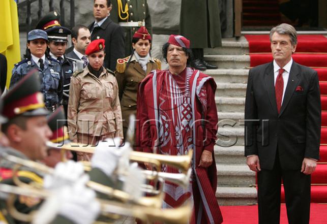 pics meet libyan leader gaddafi�s �amazonian guard